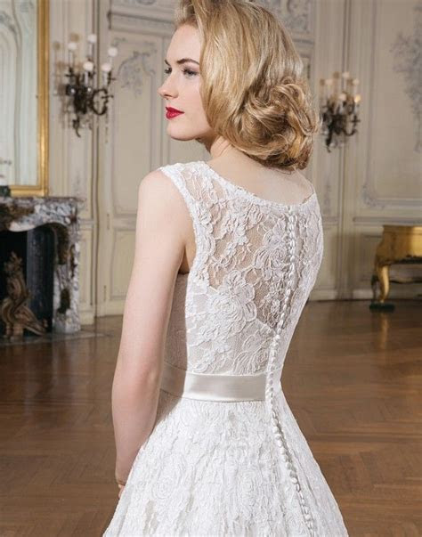Justin Alexander style 8714 : Shown in Ivory/Alabaster All
