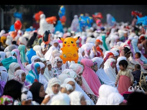 أجواء عيد الفطر المبارك في عدد من الدول العربية والإسلامية
