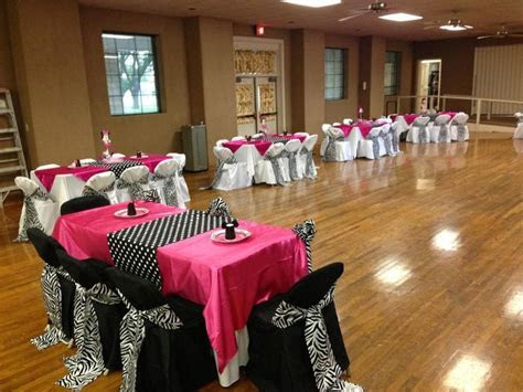 Perfect decor for a bachelorette party, zebra themed party