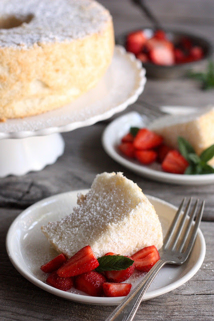 Angel Food Cake by Completely Delicious on Flickr.