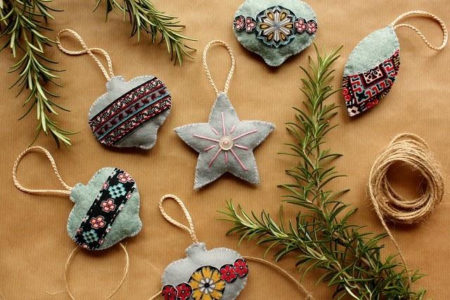 Found sewn handmade christmas decorations for Homemade christmas decorations uk