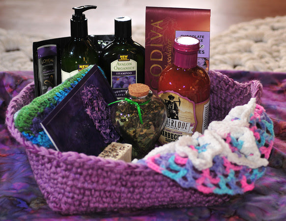 Lizard Mom Basket