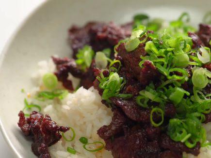 Watch Quick-Seared Bulgogi | Bon Appétit Video | CNE