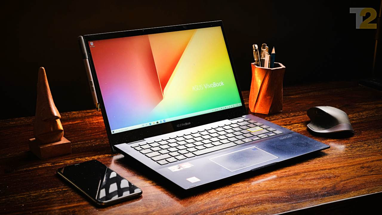 The Vivobook Flip 14 looks great and is built well. I do wish that the display was brighter and less washed out, but the overall experience is great. Image: Tech2/Anirudh Regidi