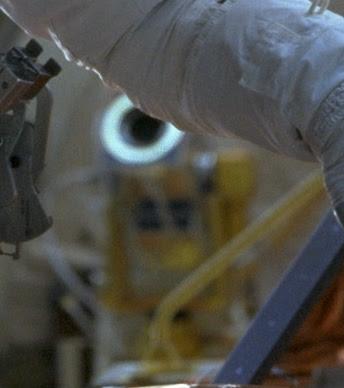 telecamera e perni in dettaglio