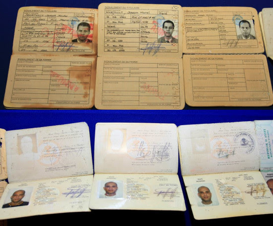 présentation des passeports de Michel Martelly