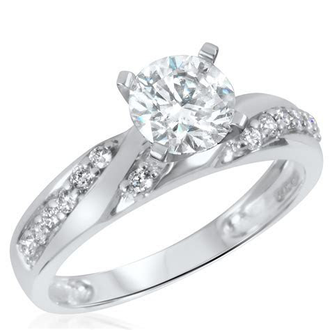 1 1/2 CT. T.W. Diamond Women's Bridal Wedding Ring Set 10K