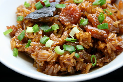 Steamed glutinous rice with Chinese sausage, mushrooms and dried shrimp