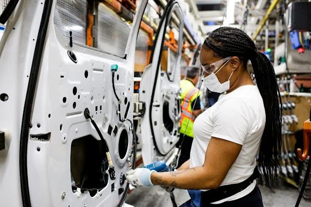 Se espera que la escasez de chips le cueste a la industria automotriz $ 210 mil millones en ingresos en 2021