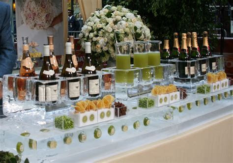 11 Useful Tips for Picking the Perfect Wedding Caterer