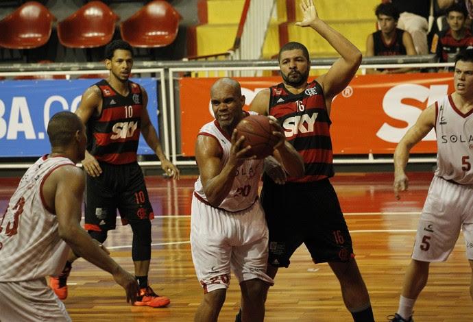 Fla Basquete perde por 1 ponto para o Basquete Cearense