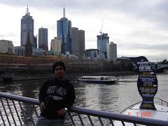 Di Tebing Yarra River, Melbourne, Australia