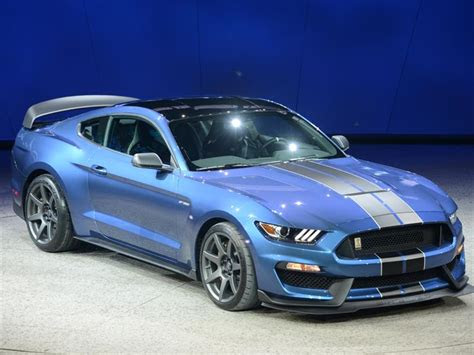 autoshow de detroit  ford shelby gtr mustang