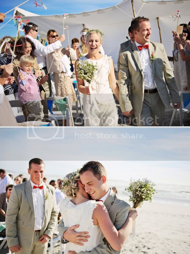 http://i892.photobucket.com/albums/ac125/lovemademedoit/welovepictures/StrandKombuis_Wedding_072.jpg?t=1324654930