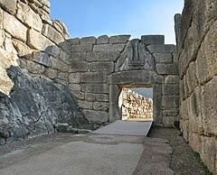 Η Πύλη των Λεόντων, στην είσοδο των Μυκηνών.