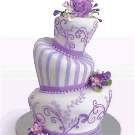 Best 25  Fake wedding cakes ideas on Pinterest
