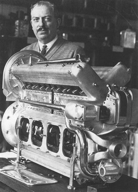 Harry Miller with an inline DOHC 8. True genius, his
