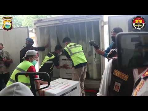 Kapolda Sulsel Pastikan Keamanan Distribusi Vaksin Sinovac, Di Terminal Kargo Bandara Sultan Hasanuddin