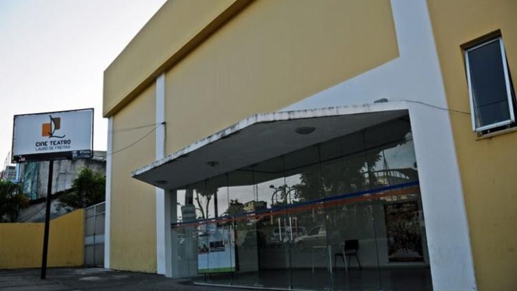O circuito de apresentações acontece nesta quinta-feira (28), a partir das 18h, ocupando diversos ambientes da casa de espetáculos. - Foto: Divulgação