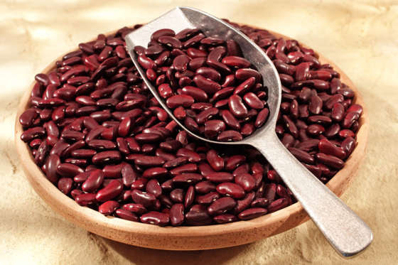 Beans helps you shed extra kilos, as it contains a digestive hormone cholecystokinin which is a natural appetite suppressant.