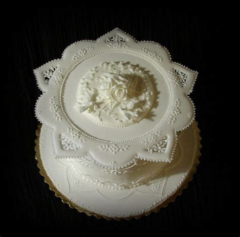 1000  ideas about Royal Icing Cakes on Pinterest   Ice
