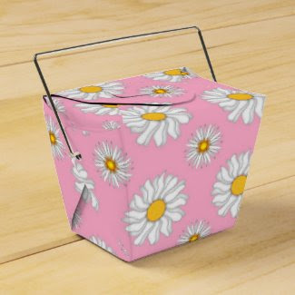 White Daisies on Hot Pink Favor Box