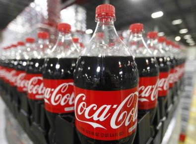 Garrafas de coca-cola em um galpão nos EUA (Foto: George Frey/Reuters)