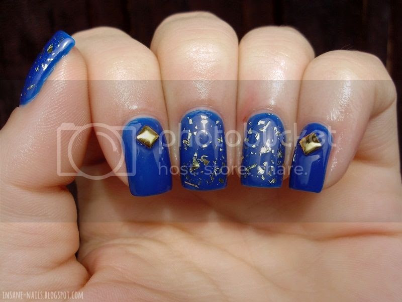 photo Blue_manicure_withgold_2_zpsb4a88a78.jpg