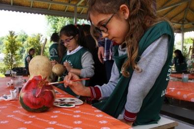 öğrenciler Su Kabağı Boyama Ve Tuval çalışmalarına Başladı Antalya