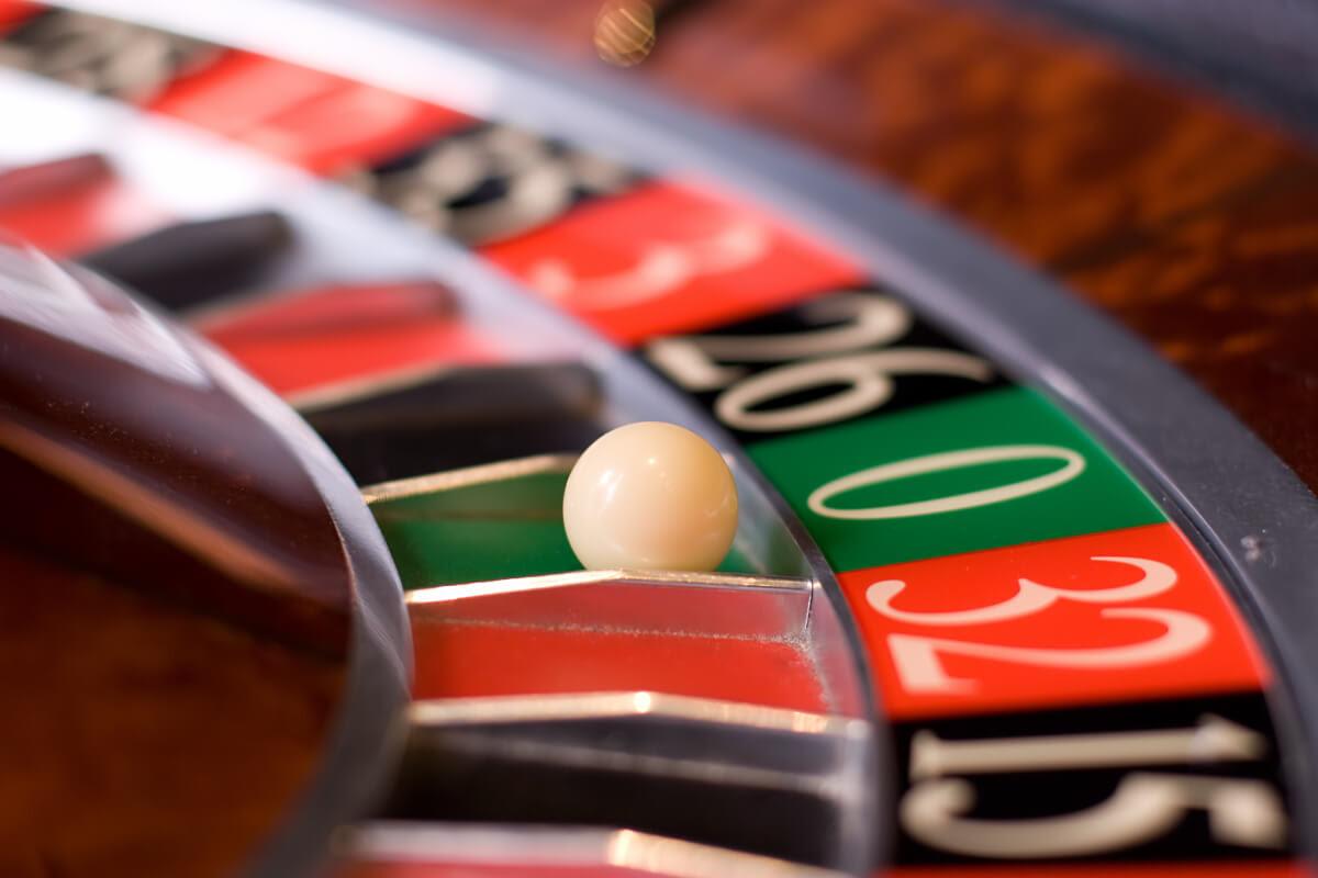 Risultati immagini per gioco azzardo