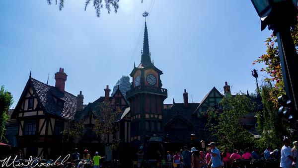 Disneyland Resort, Disneyland, Peter Pan's Flight