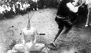 English: Execution by decapitation