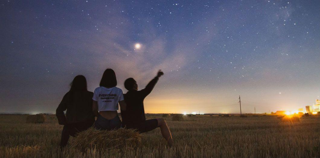 Voir Une étoile Exploser à Lœil Nu Et En Plein Jour Cest