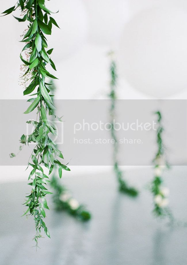 photo floral-garland-11_zpszasleyx6.jpg