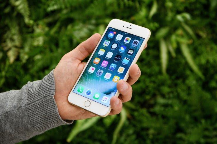 màn hình oled trên iphone 8