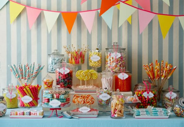 Are you doing a candy buffet? :  wedding Amy Atlas