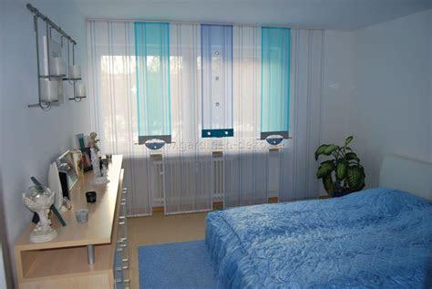 helle schlafzimmer schiebegardine  blau und tuerkis