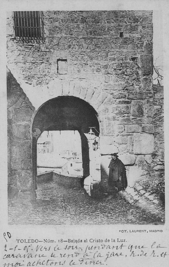 Puerta de Valmardón de Toledo en el siglo XIX. Foto Jean Laurent. Colección Luis Alba