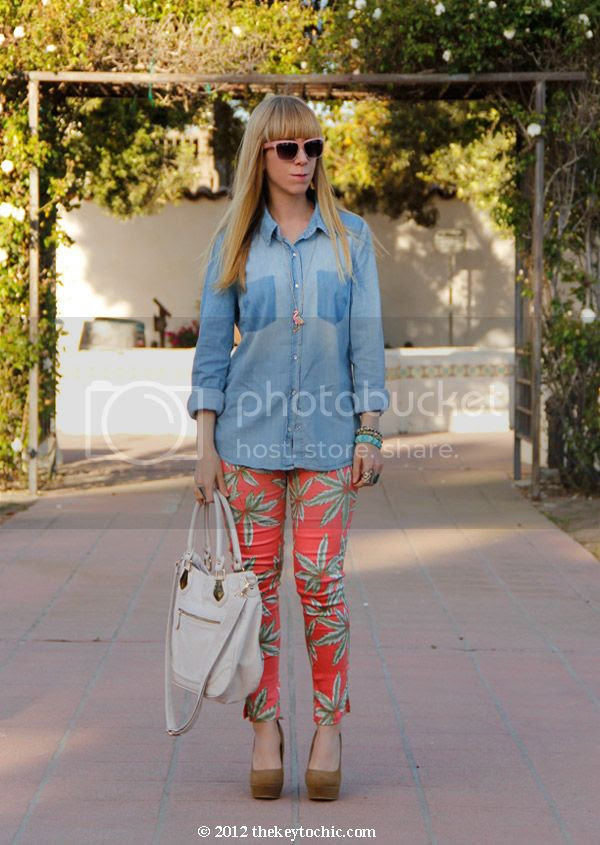 chambray shirt, Motel Jodie palm print jeans, southern California fashion blogger, Los Angeles style