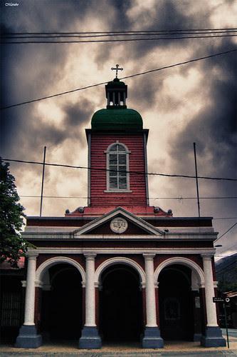Iglesia parroquial San José de Maipo... by Alejandro Bonilla