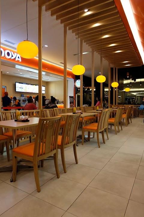 Yoshinoya Lenmarc, Fast Food Jepang di Surabaya