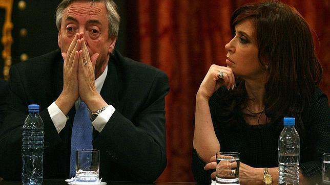Amenazan al fiscal que investiga el lavado de dinero de los Kirchner con matar a sus hijas