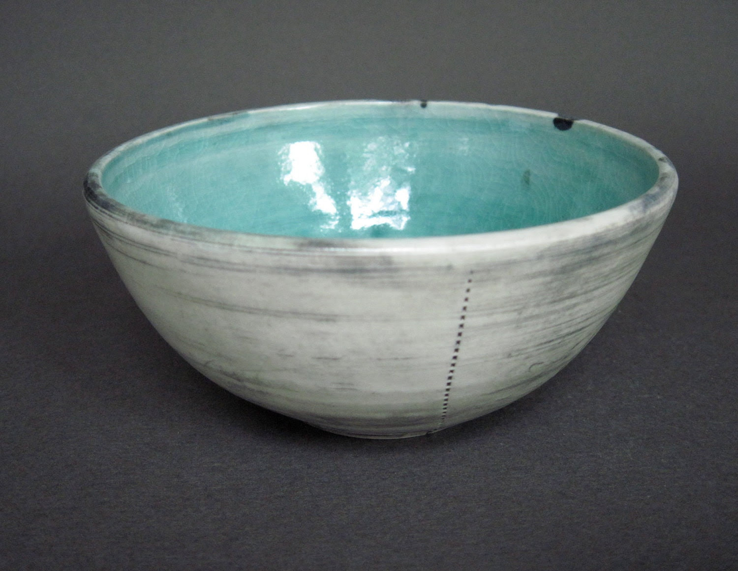 bowl with turquoise glaze (037)