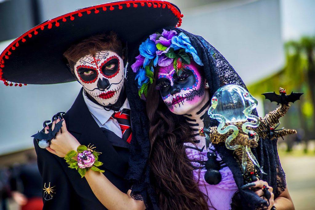 Partecipanti al giorno dei morti in Messico