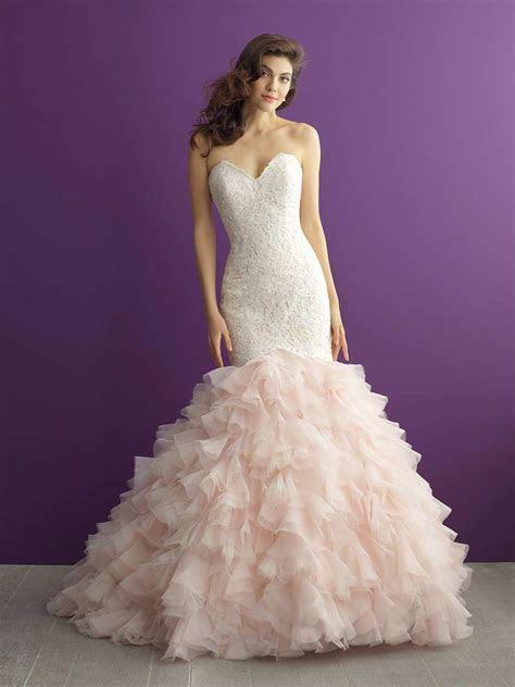 Sweetheart Neckline Wedding Dresses: Romantic Styles for
