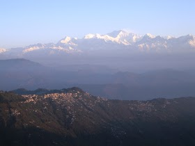 Cool Places to Visit in Darjeeling Hill Station