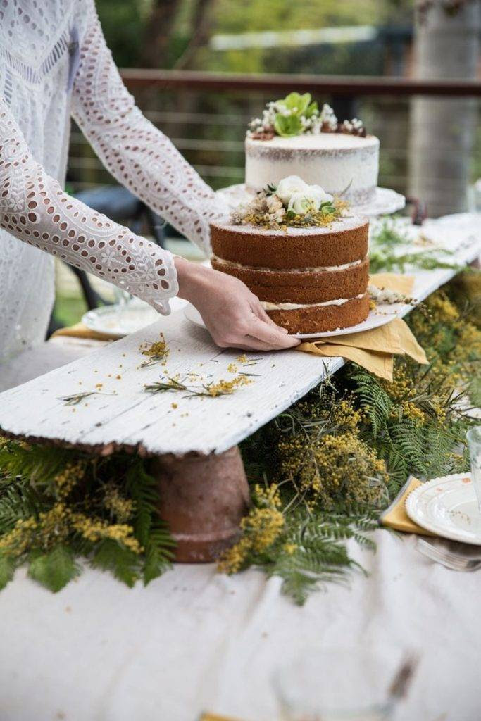 21 Stunning Outdoor Wedding Dessert Table Ideas   Sweet ...
