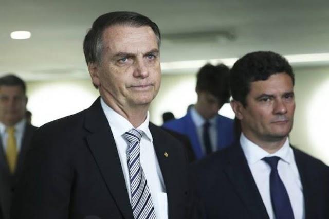 """""""Eu não nasci para isso. Quem nasceu tá preso"""", volta a afirmar Bolsonaro sobre cargo de presidente"""