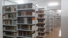 DEPÓSITO de la biblioteca de química y biología (http://www.bbtk.ull.es/view/institucional/bbtk/Quimica_y_Biologia/es). Campus de Anchieta. Universidad de La Laguna