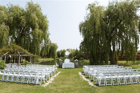 Willow Springs Winery Summer Wedding, Stouffville